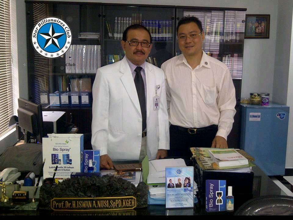 Foto Dokter Presentasi Biospray
